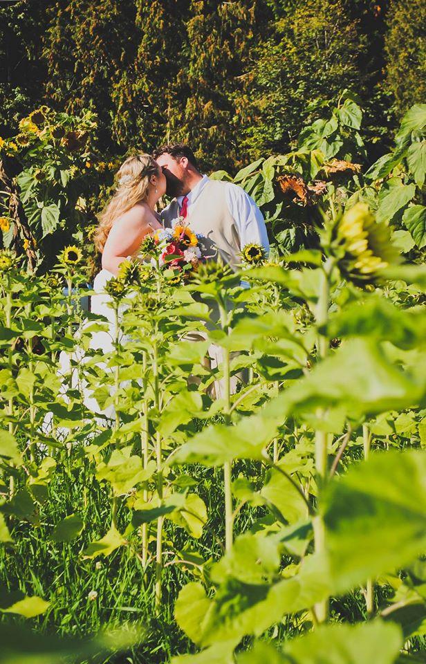 Bride & Groom in Sunflowers
